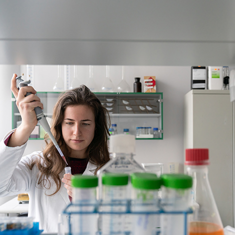 Female scientist working on a laboratory
